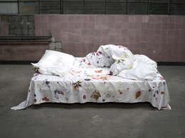 Camera da letto in stile in stile Eclettico di Estelle Gassmann