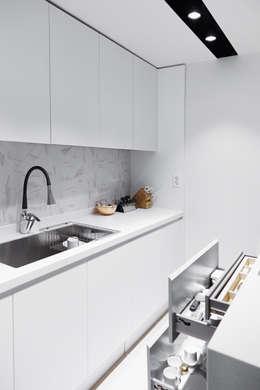 scandinavian Kitchen by 샐러드보울 디자인 스튜디오
