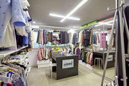 오픈 드레스룸: 제이앤예림design의  드레스 룸