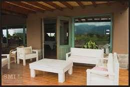 : Terrazas de estilo  por SMI Arquitectura+Construcción