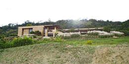 CASA DE LA TORRE: Casas de estilo rural por David Macias Arquitectura & Urbanismo