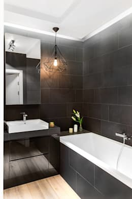 industrial Bathroom by Decoroom