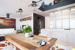 غرفة المعيشة تنفيذ L'Atelier 2630