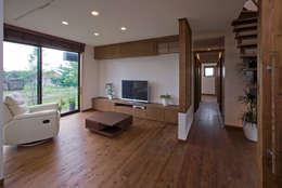 Гостиная в . Автор – 空間設計室/kukanarchi