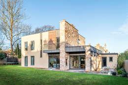 Projekty, nowoczesne Domy zaprojektowane przez Chris Humphreys Photography Ltd