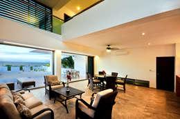 Projekty,  Salon zaprojektowane przez LIZZIE VALENCIA arquitectura & diseño