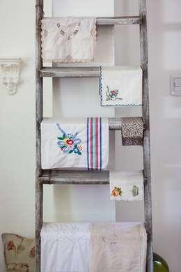 Detalles: Livings de estilo ecléctico por La Florinda