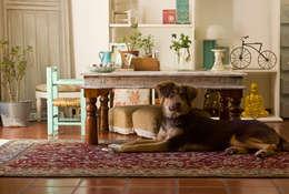 eclectic Living room by La Florinda