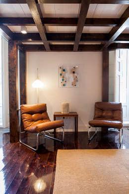 Salas de estilo moderno por The Sibarist Property & Homes