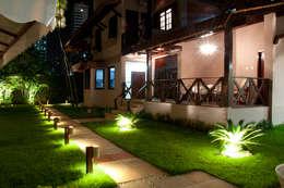 Res. Umarizal: Jardins campestres por L+A Arquitetura de iluminação
