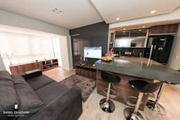 minimalistic Living room by Rafael Grantham Arquitetura