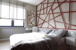 Apartament wielbicielki czerwieni: styl , w kategorii Sypialnia zaprojektowany przez I Home Studio Barbara Godawska