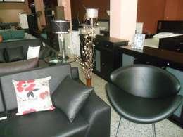 Muebles de Disegnos: Livings de estilo moderno por Disegno´s