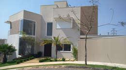 modern Houses by Habitat arquitetura