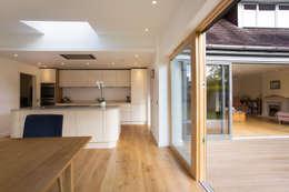 moderne Keuken door Urban Creatures Architects
