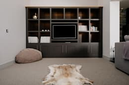 modern Living room by Perfect Stays
