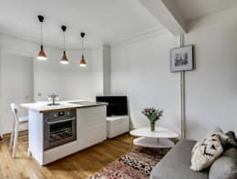 Cucina in stile in stile Moderno di Transition Interior Design
