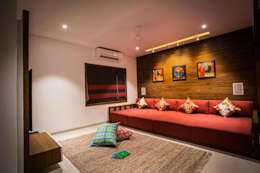 Chandresh bhai interiors: modern Living room by Vipul Patel Architects