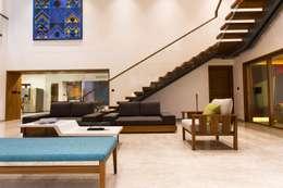 Jayesh bhai interiors: modern Living room by Vipul Patel Architects