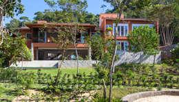 Projeto: Casas modernas por Pitta - Arquitetura e Engenharia