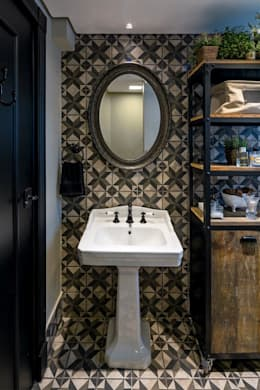 classic Bathroom by Piloni Arquitetura