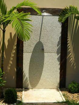 Casas de estilo topical por THACO. Arquitetura e Ambientes