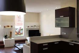 modern Kitchen by obradeeva