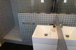 Projekty,  Łazienka zaprojektowane przez obradeeva