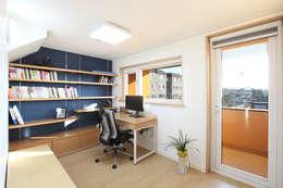 Phòng học/Văn phòng by 주택설계전문 디자인그룹 홈스타일토토