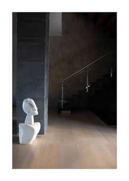 Lonavala Holiday Home :  Corridor & hallway by Rakeshh Jeswaani Interior Architects