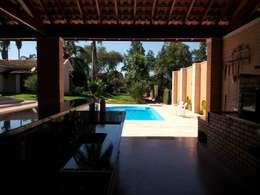 Terrazas de estilo  por Arquiteto Lucas Lincoln
