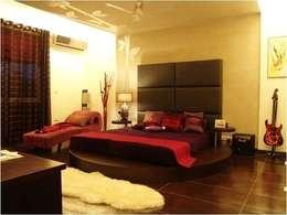 modern Bedroom by sunilchitara
