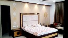 Bedroom Designs: modern Bedroom by sunilchitara