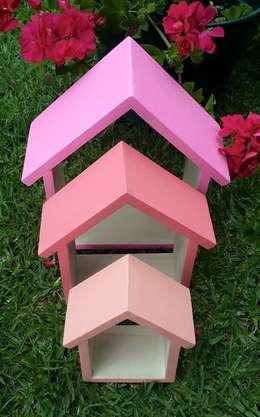 Cosas pequeñas a color!: Jardines de estilo moderno por Simona Garlands