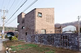 modern Houses by GongGam Urban Architecture & Construction