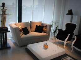 غرفة المعيشة تنفيذ Casa & Stylo, Concordia