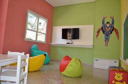 modern Nursery/kid's room by MEM Arquitetura