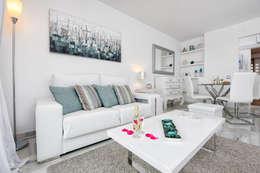 scandinavian Living room by Espacios y Luz Fotografía