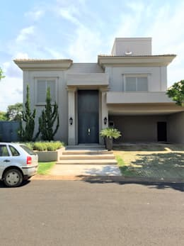 Casas de estilo mediterráneo por FERNANDO ROMA . estudioROMA