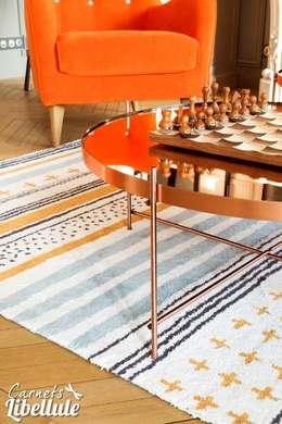 Tapis Toulemonde Bochart: Salon de style de style Moderne par Carnets Libellule