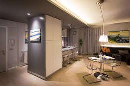 2BE OPEN-SPACE: Sala da pranzo in stile in stile Moderno di davide pavanello _ spazi forme segni visioni