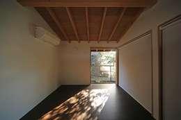 早田雄次郎建築設計事務所/Yujiro Hayata Architect & Associates의  침실