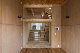 客廳 by Kentaro Maeda Architects