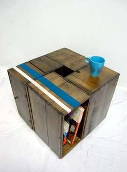 Tavolo riciclo: Soggiorno in stile in stile Moderno di Restyle e Restauri