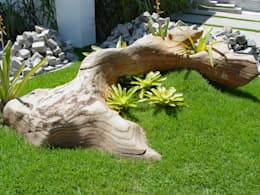 Jardines de estilo mediterraneo por MM NATURSTEIN GMBH