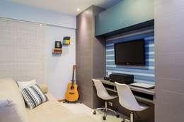 Salas multimedia de estilo clásico por Bastos & Duarte