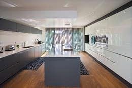 Кухни в . Автор – Baufritz (UK) Ltd.