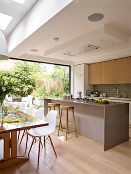Cuisine de style de style Moderne par Holloways of Ludlow Bespoke Kitchens & Cabinetry