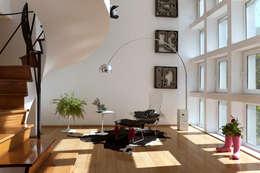 Departamento Roma Oaxaca : Salas de estilo moderno por Germán Velasco Arquitectos