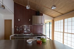 Dapur by TRANSTYLE architects